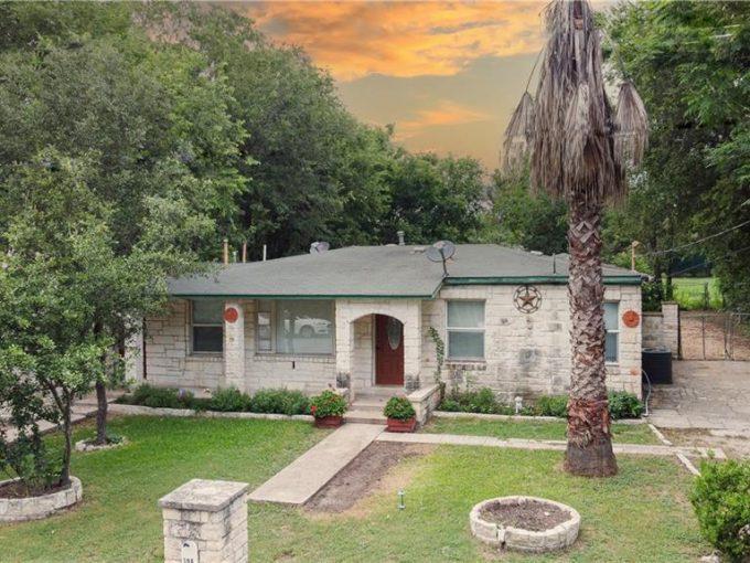 104 FLORENCE Dr, Austin, Texas 78753